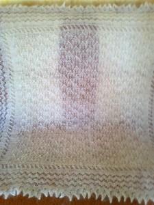 https://novohopersk-platok.ru/ Белый ажурный пуховый платок ручной работы.Коймы ажурные вязанные одним полотном с платком( отдельно вязанные коймы только при машинной вязке). Мягкий, теплый,легкий,нежный, пушистый. Пуховый платок на голову,на шею,на плечи разных размеров и узоров.