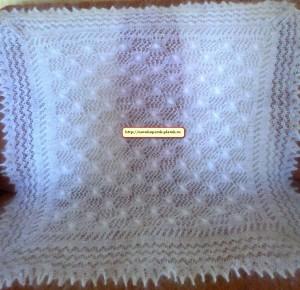 http://novohopersk-platok.ru/ Белый ажурный пуховый платок ручной работы.Коймы ажурные вязанные одним полотном с платком( отдельно вязанные коймы только при машинной вязке). Мягкий, теплый,легкий,нежный, пушистый. Пуховый платок на голову,на шею,на плечи разных размеров и узоров.