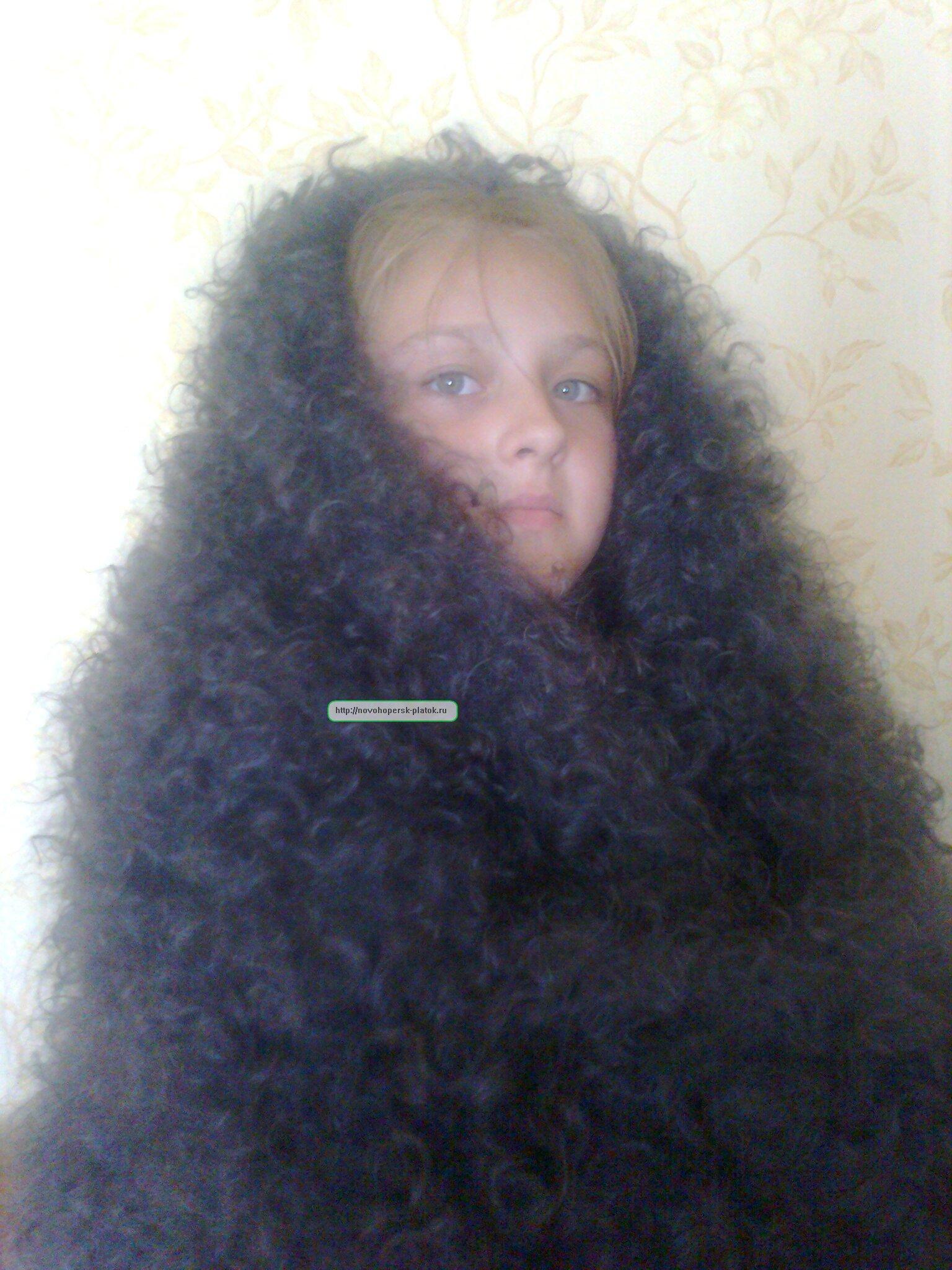 Связанные платками девушка 8 фотография